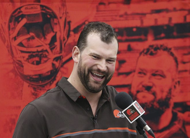 Former Browns offensive lineman Joe Thomas speaks at his retirement announcement on March 19, 2018, at Browns headquarters in Berea, Ohio. Thomas said the Browns used the words of the Pittsburgh Steelers wide receiver JuJu Smith-Schuster as added motivation in their AFC wild-card playoff win over the Steelers. [John Kuntz/The Plain Dealer via AP file]