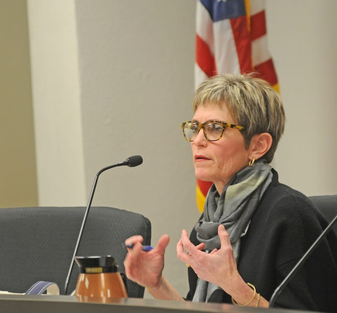 Salina City Commissioner Melissa Rose Hodges will serve as the mayor of Salina in 2021 after a vote by the city commission Monday.