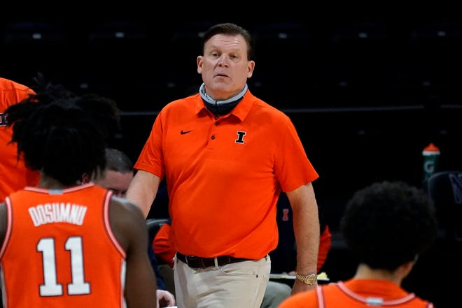 Illinois head coach Brad Underwood watches his team during the second half against Northwestern in Evanston Thursday, Jan. 7, 2021. [Nam Y. Huh/The Associated Press]