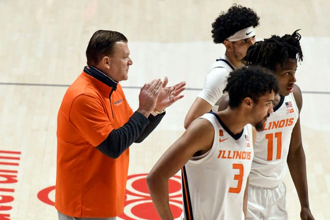 Illinois head coach Brad Underwood tries to get his team fired up against Maryland on Sunday, Jan. 10, 2021, in Champaign, Ill.