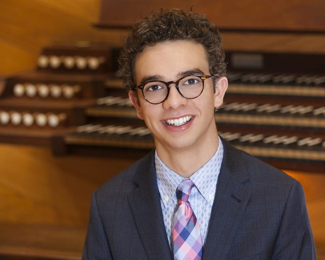 Raymond Hawkins will perform in the First Religious Society Unitarian Universalist Church annual chamber music concert series, to be streamed online this year.