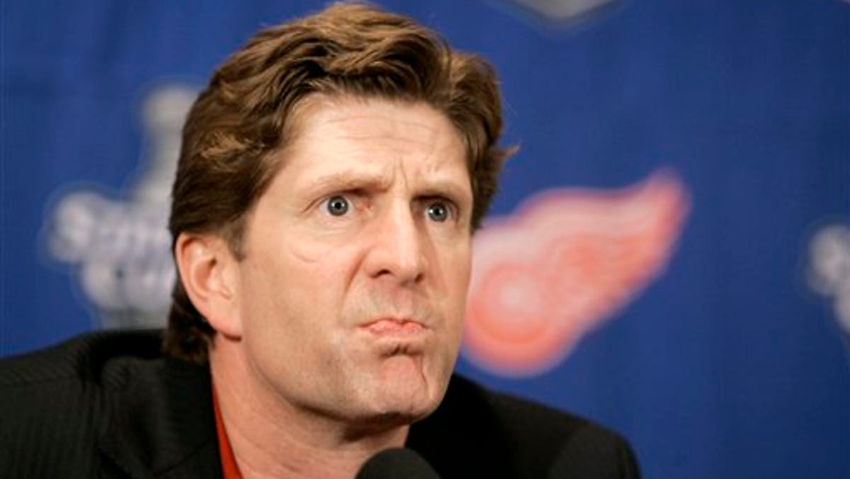 Monday's NHL: Former Wings coach Mike Babcock joins NBC Sports 1