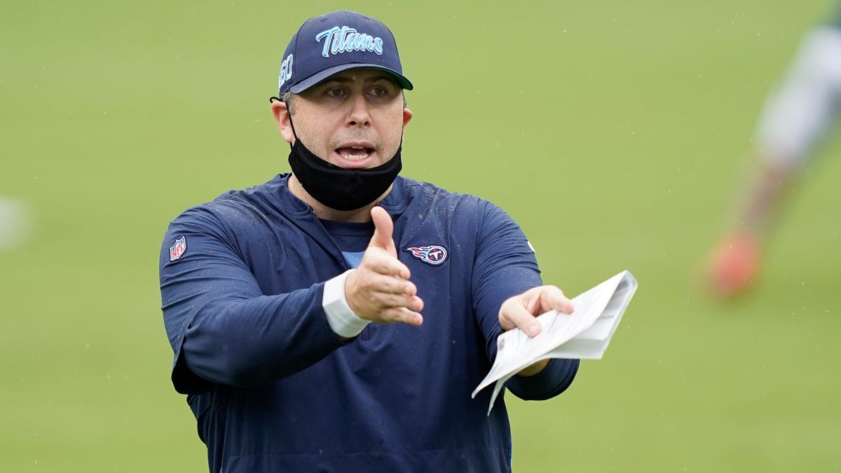 Lions interview Titans offensive coordinator Arthur Smith for head-coaching job 1