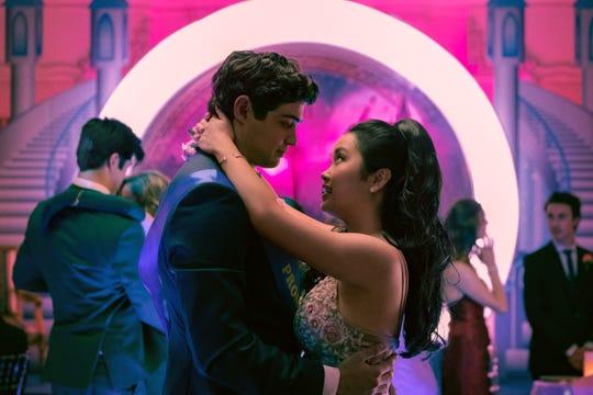 Peter (Noah Centineo) and Lara Jean (Lana Condor) dance at their senior prom in