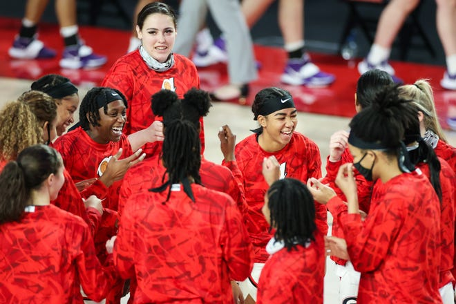 The Lady Dogs play at Tennessee on Thursday looking to continue a hot start to the season. (Photo by Chamberlain Smith)