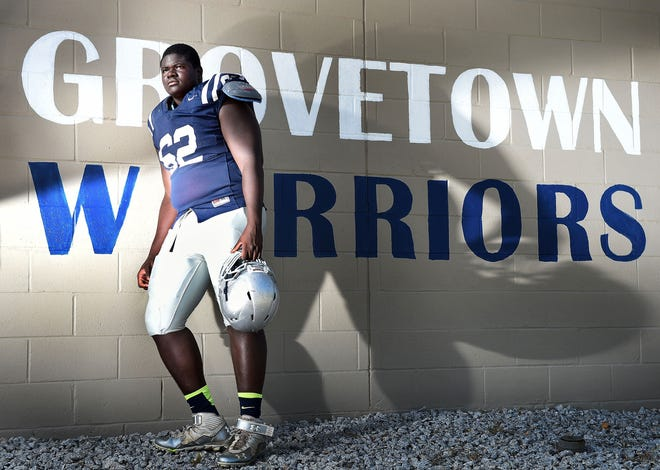 An all-area football selection, D'Ante Smith was a two-sport athlete at Grovetown. He wrestled through his junior season. He used that athleticism to earn a football scholarship to East Carolina.