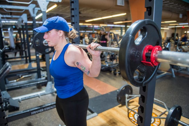 Kaitlyn Kent lifts weights at the Evans Fitness Club in Evans, Ga., Wednesday afternoon January 13, 2021.