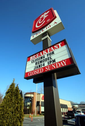 A sign announces the closing of the Shelby Chick-fil-A on Wednesday. The restaurant will be getting a remodel.