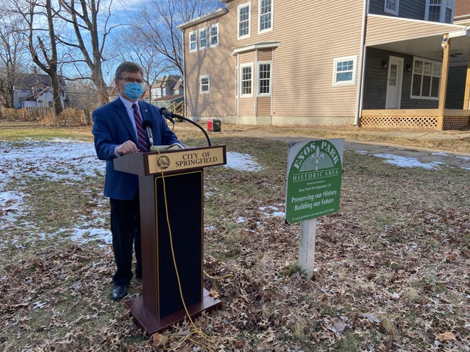 Springfield Mayor Jim Langfelder advocates for the renewal of the Enos Park tax-increment financing district in a vacant lot in the neighborhood on Jan. 12, 2021.