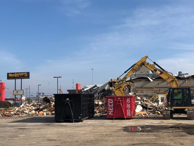 The Max & Erma's restaurant at 4279 Cemetery Road in Hilliard was demolished Jan. 13. The restaurant had been closed for more than a year. The building also had beena Frisch's restaurant until the early 1990s. The site will be redeveloped as a Sheetz convenience store, cafe and gas station.