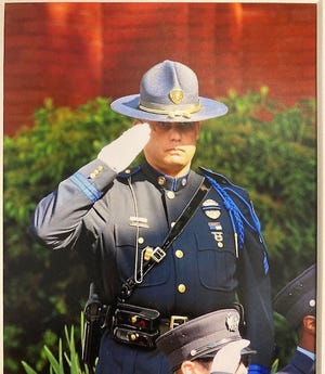 Norton police Det. Sgt. Stephen Desfosses has died after a battle with COVID-19.