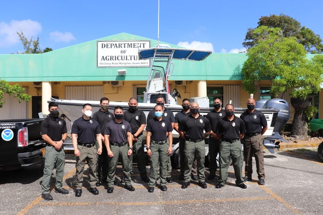 Guam conservation officer reservists take oath of workplace