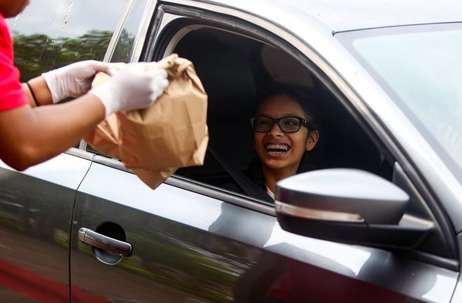 The Round Rock school district announced that all students in the district can receive optional weekend meals on Fridays, along with their breakfast and lunch, at no charge for the duration of the school year.