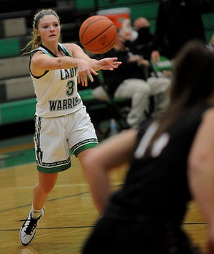 West Branch's Jillian Pidgeon scored 18 points in the Warriors' victory over Cardinal Mooney on Wednesday.