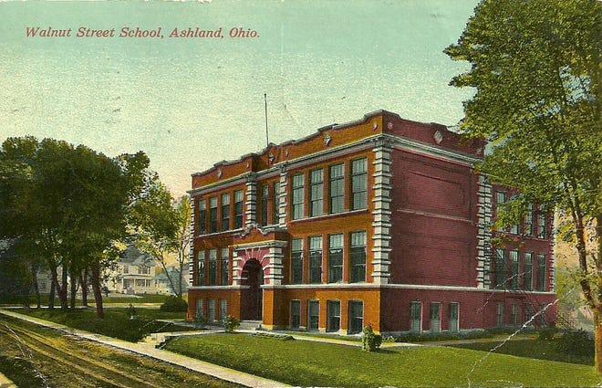 Walnut Street School