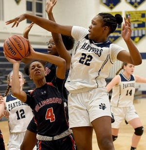Willingboro's Gloria Hughes (4) drives for the basket in a 2018 game. The Chimeras will not field basketball or wrestling teams this season.