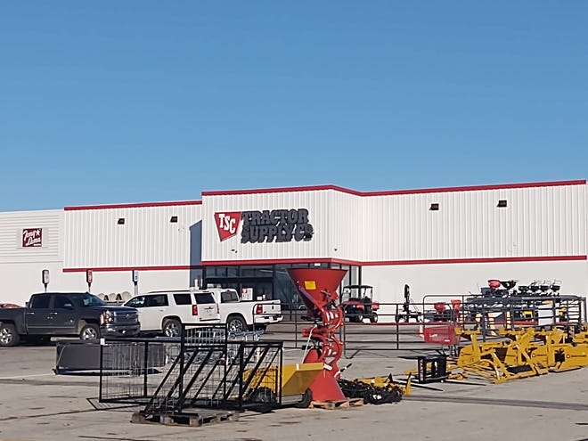 The Sherman Planning and Zoning Commission tabled a request by Tractor Supply Co. related to fencing around its outdoor storage and displays