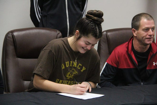 Knox County's Riley Strange signs Thursday to play college basketball at Quincy University.