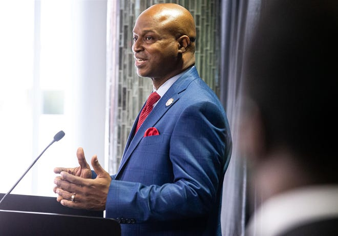 """House Speaker Emanuel """"Chris"""" Welch, D-Hillside, holds his first news conference after taking the Oath of Office to become speaker of the Illinois House of Representatives in the 102nd General Assembly on Wednesday at the Bank of Springfield Center."""