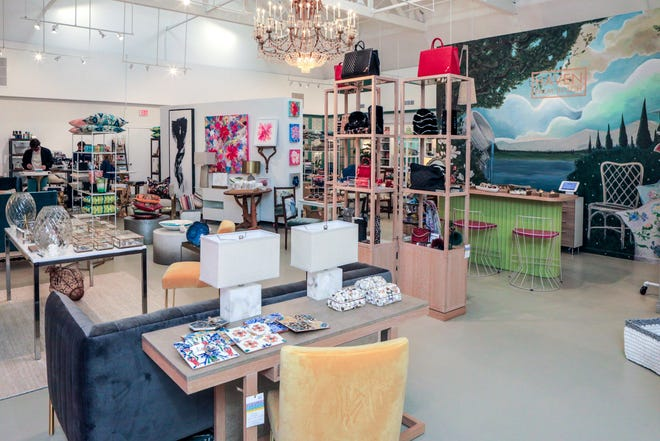 The large Haven Palm Beach gallery area comprises over 3,000 square feet of space and 30 foot high ceilings.