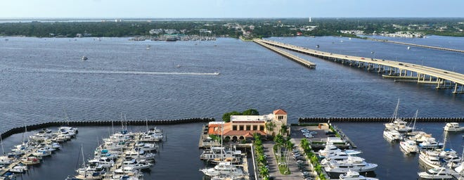 Pier 22 restaurant is on the Manatee River in downtown Bradenton.