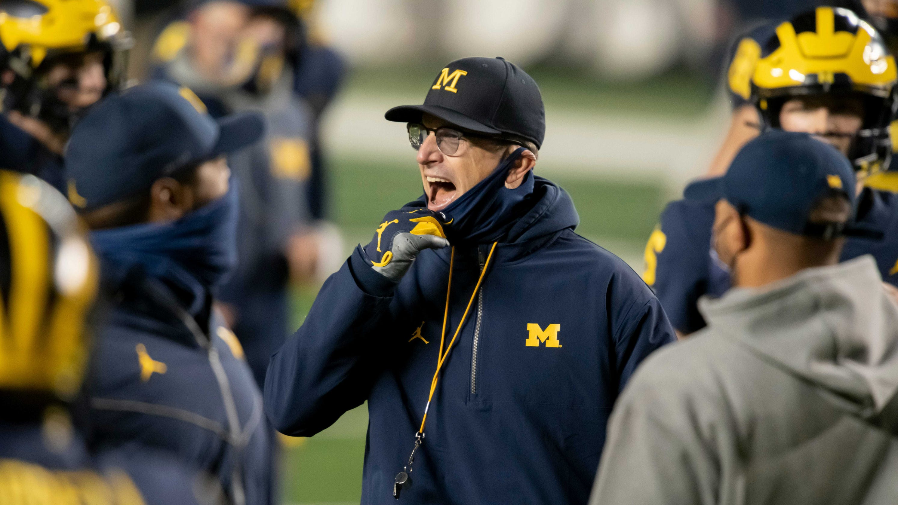 Michigan mailbag: Jim Harbaugh stays put, and Mike Hart returns
