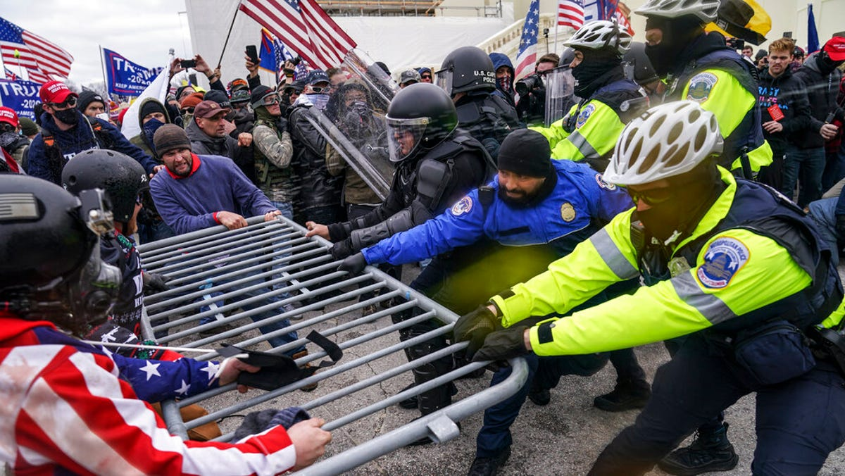 Comparison between Capitol siege, BLM protests is denounced 1