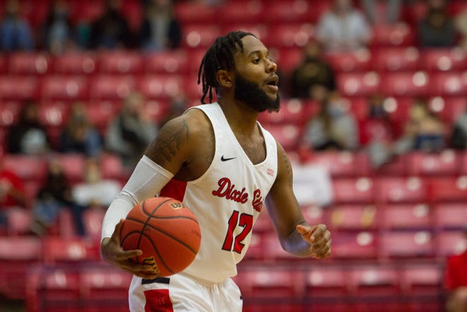 The New Mexico Lobos defeat Dixie State University 72-63 Wednesday, Jan. 13, 2021.