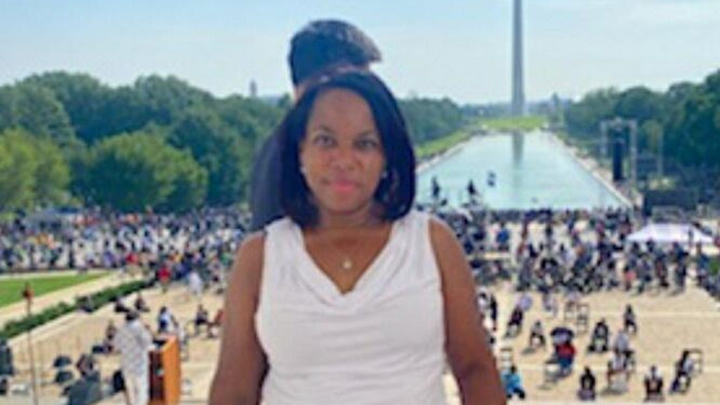 Sister of Black woman killed by U.S. Capitol Police hopes riot will shed light on troubling case