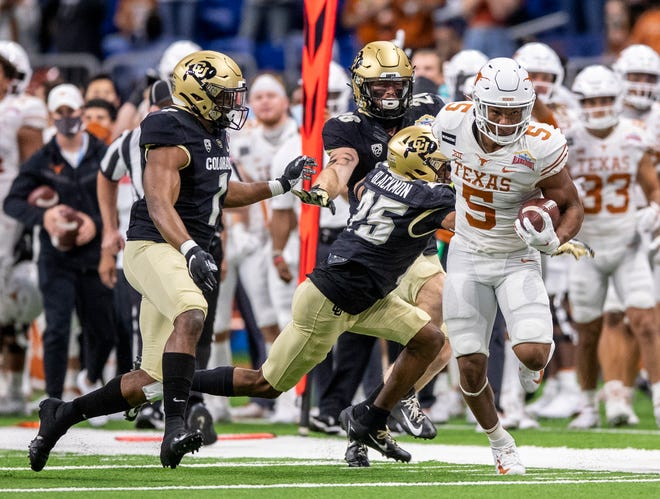 Texas freshman running back Bijan Robinson ran for 355 of his team-leading 703 yards in the Longhorns' final two games along with six total touchdowns.