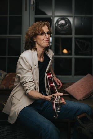 An interview with musician Sarah Burrill is available to listen to as the first episode of season three of the Arts Foundation of Cape Cod's Creative Exchange podcast.