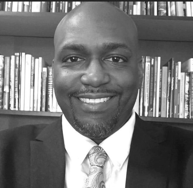 Derrick Holmes, Guest columnist