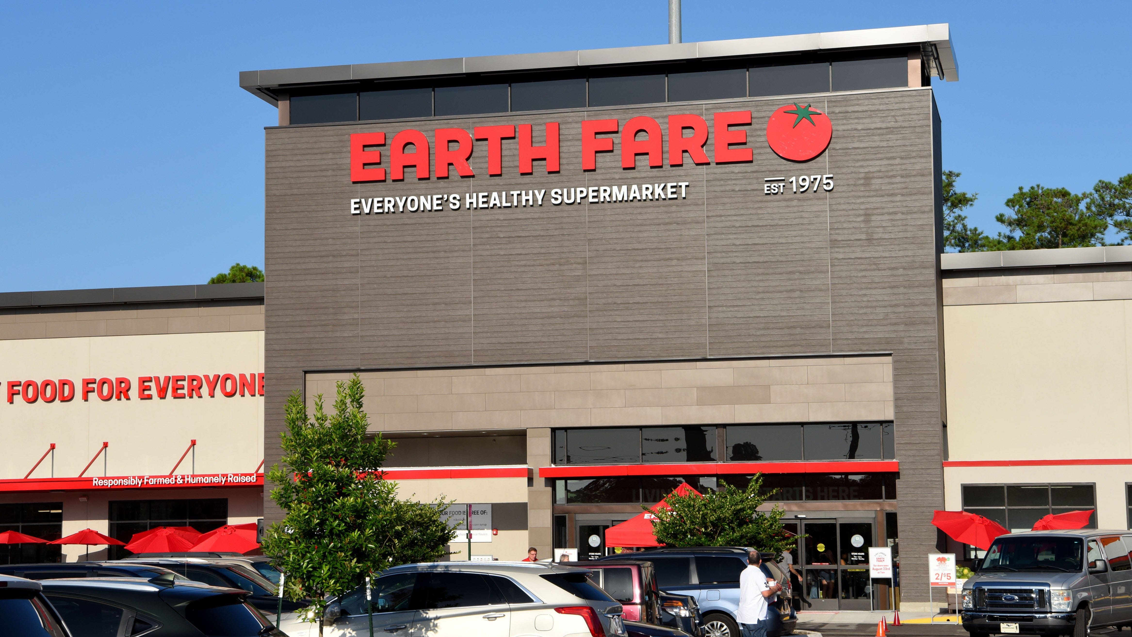 Revitalized Earth Fare reopening store in northern St. Johns County