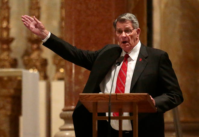 St. Louis Cardinals broadcaster and former player Mike Shannon gestures while speaking during funeral services for baseball Hall of Famer Red Schoendienst at Cathedral Basilica of St. Louis, Friday, June 15, 2018, in St. Louis, Mo.