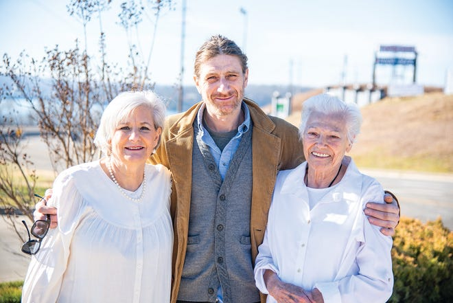 The members of Mimi's Mealz: (L to R) Sue Blankenship, Zach Vize and Mimi Thornhill.