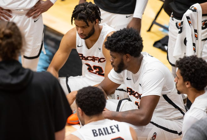 Pacific Tigers forward Jordan Bell (1) during a timeout in the second half of the WCC men's basketball game Jan. 14 at Spanos Center in Stockton.