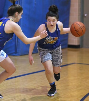 Saylor Bachmann of East Canton goes through workouts with the team Thursday, Jan. 14, 2021.22