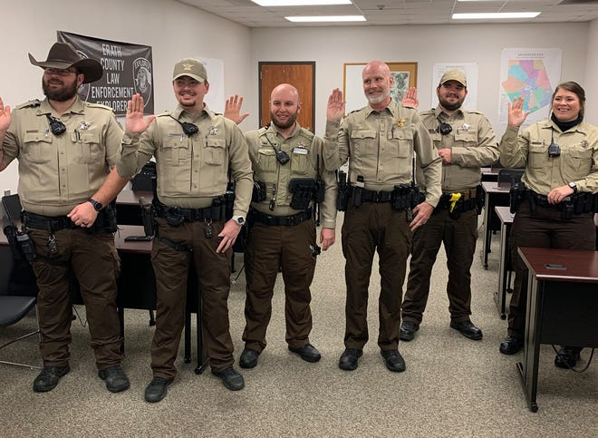 Sheriff Matt Coates and his staff at the Erath County Sheriff's office started the new year ready to serve the citizens of Erath County. Sheriff Coates recently started 2021 with administering the oath of office to his deputies.