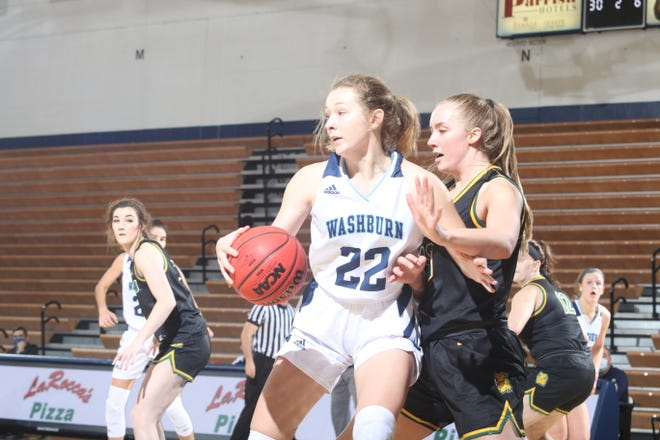 Washburn's Abby Oliver scored a career-high 19 points to lead the Ichabods to a 56-49 win over Missouri Southern on Thursday at Lee Arena.