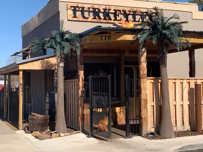 TheTurkey Leg Shack is located at 710 E. Broad St., across from the Etowah County Health Department.