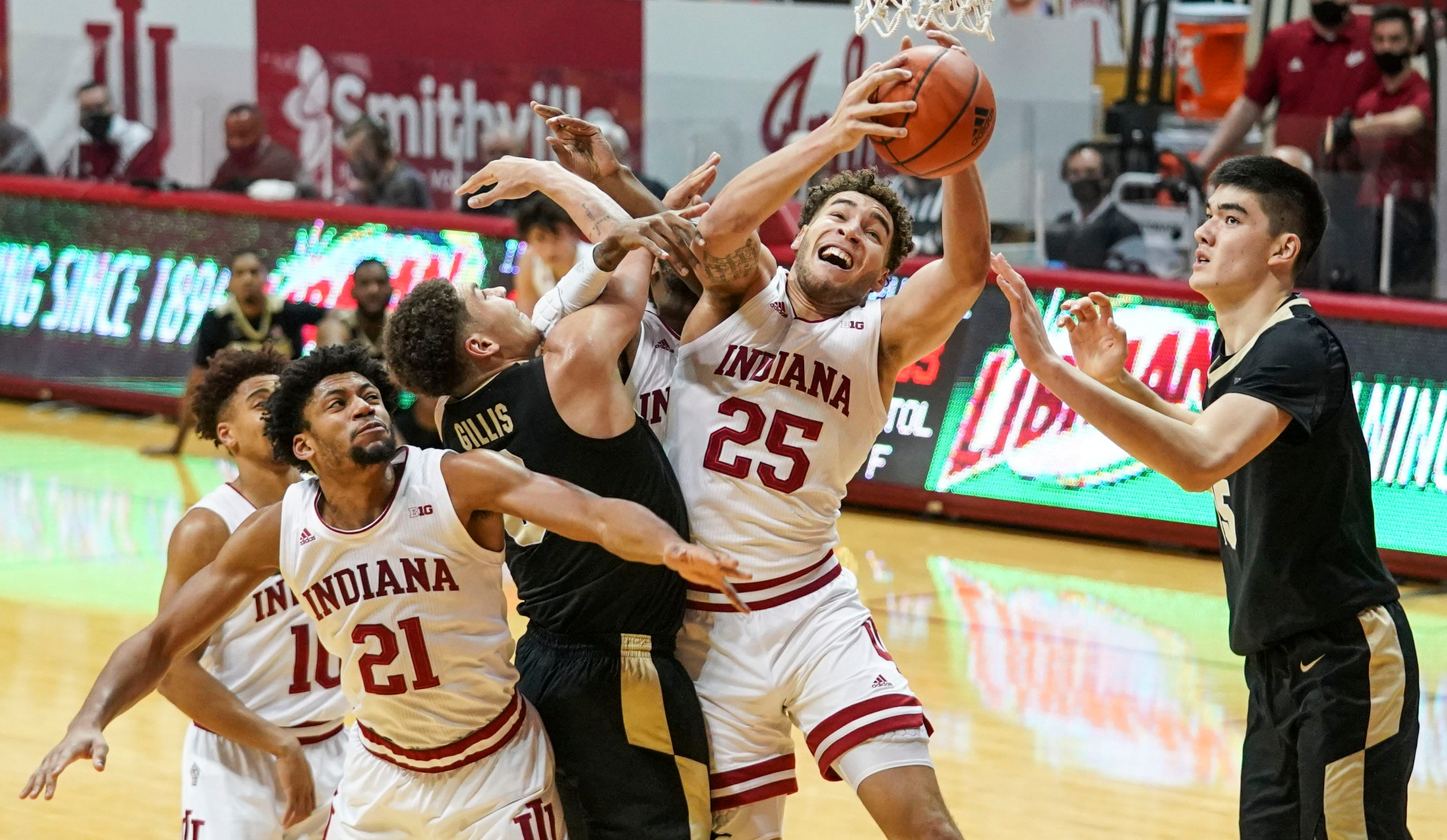 It's Year 4 and we're still seeing same mistakes from Archie Miller's Hoosiers