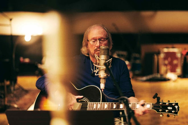 Barry Gibb recording at Nashville's RCA Studio for his new album, 'Greenfields: The Gibb Brothers Songbook, Vol. 1'
