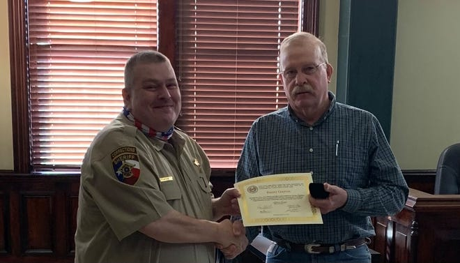 The Erath County Commissioners Court recognized employees for their distinguished years of service in their regular held session last week. Jail Captain Danny Clayton was recognized for having served the citizens of Erath County for 15 years.