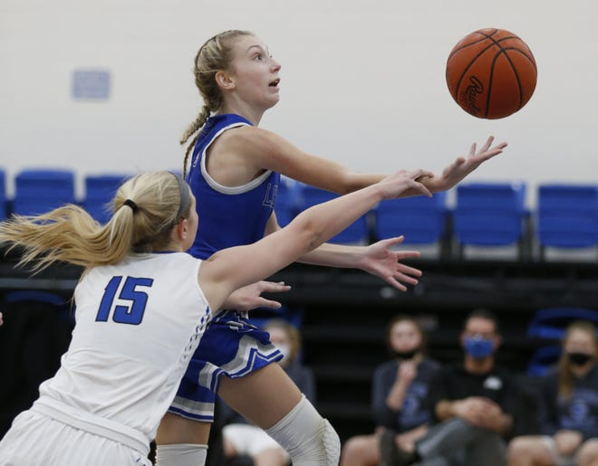 Olentangy Liberty's Caitlin Splain made a state-record 14 3-pointers in a 69-43 victory over Olentangy Orange on Jan. 15.She also scored a program-record 45 points.
