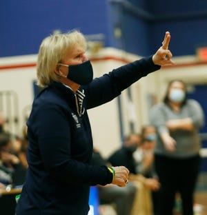 Sacred Heart's coach Donna Moir calls a play from the sideline.01/15/21