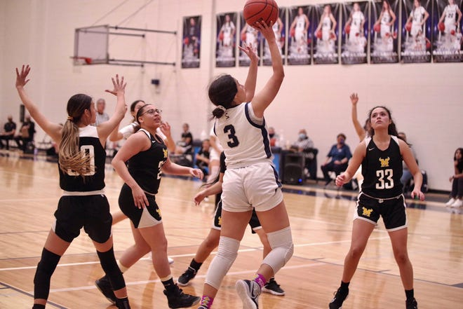 Del Valle's Adryan Alvarez helped lead Del Valle past Parkland on Friday in District 2-5A girls basketball action.