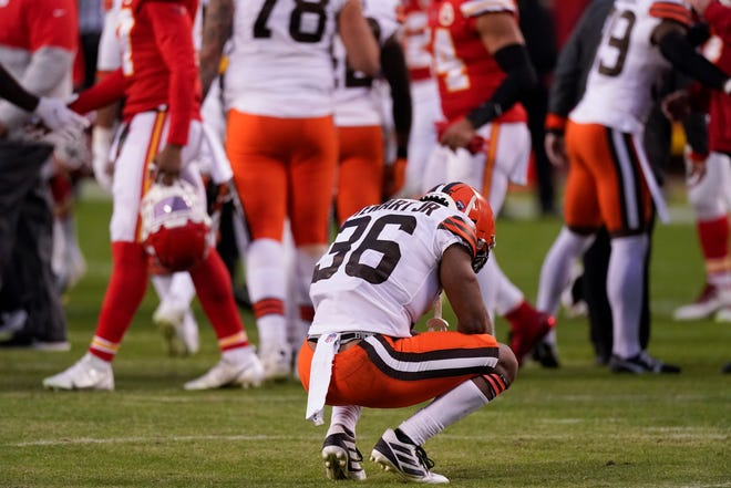 Browns cornerback M.J. Stewart Jr. reacts on the field after a 22-17 loss to the Kansas City Chiefs in an AFC Divisional playoff game Sunday in Kansas City.[Charlie Riedel/Associated Press]