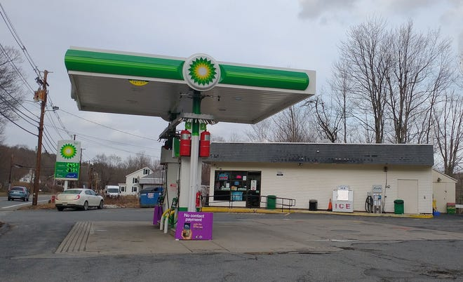 The BP gas station at 205 Worcester Road in Sterling that was reportedly robbed at gunpoint Jan. 14.