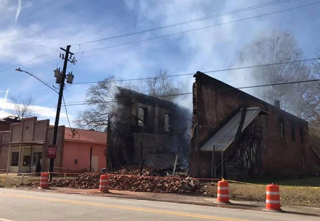 A Saturday morning fire destroyed Maxeys Country Store in downtown Maxeys.