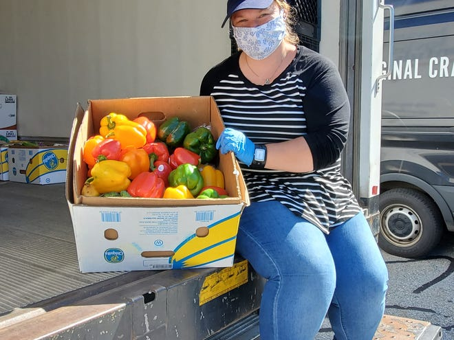 Christy Wright, newly named coordinating pastor of SimpleChurchGrafton and Worcester, shares a look into her work as a food rescue coordinator with Lovin' Spoonfuls, a food rescue organization that seeks to bridge the gap between food waste and food insecurity.